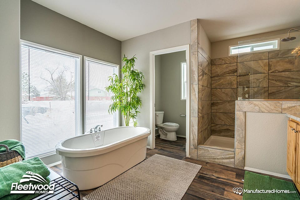 Manufactured Home Bathroom