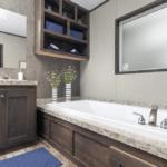 master-bath-tub.png