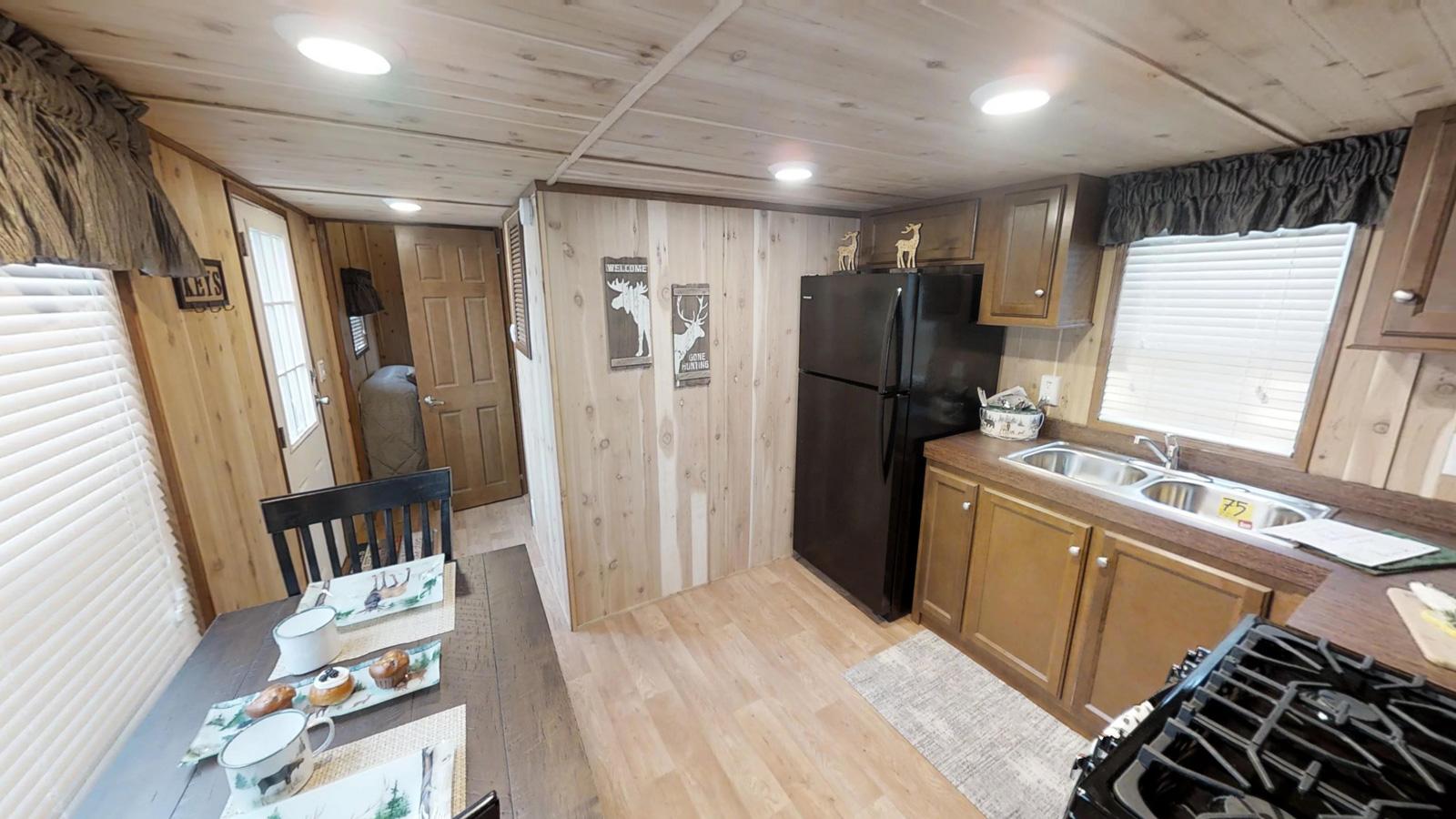 Americas-Park-Cabins-Lodge-Series-39-ND-10052018_095530