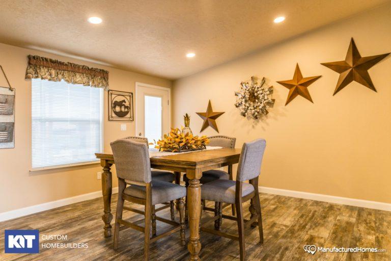 American Home Centers - Cedar Canyon 2077 - Interior