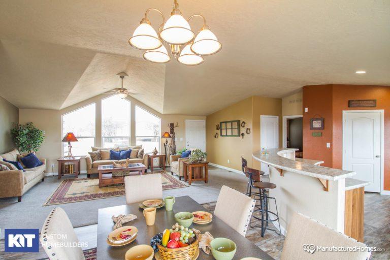 American Home Centers - Pinehurst 2506 - Interior