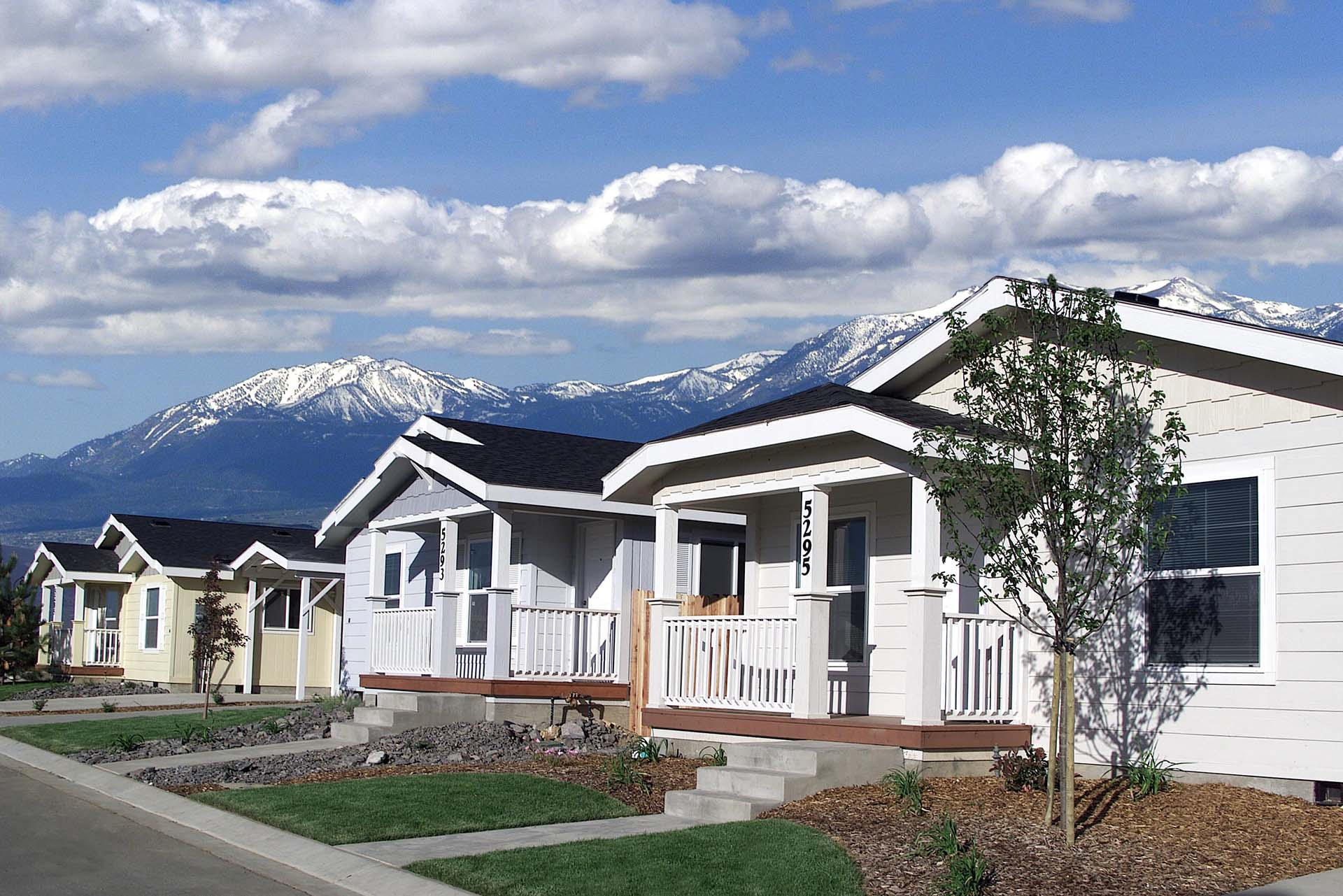 Craftsman Homes - Tenya Creek Subdivision