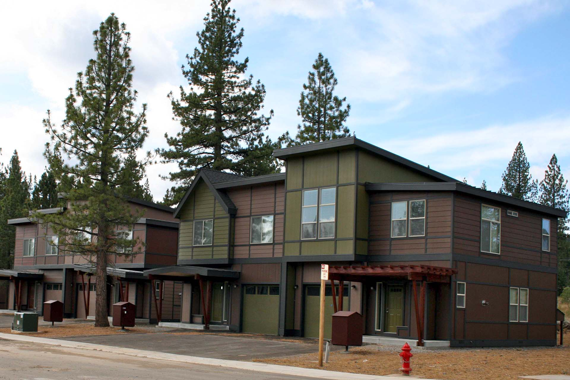 Craftsman Homes - Hopkins Village - Truckee, California